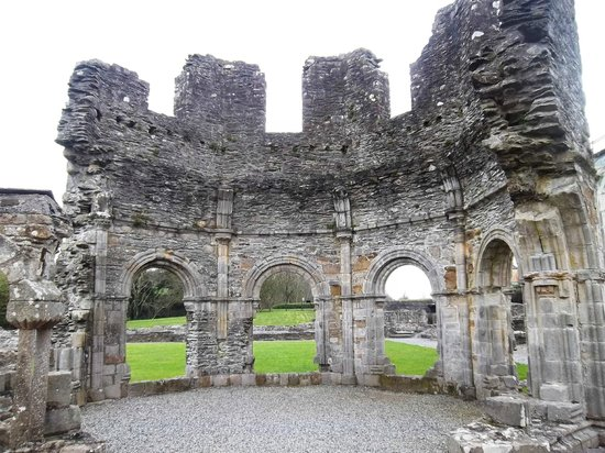 Mellifont Abbey: Remains of the Lavabo