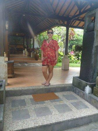 Taman Harum Cottages:                   Reception entrance