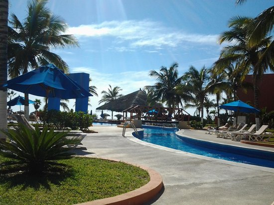 Holiday Inn Resort Los Cabos All-Inclusive:                   property