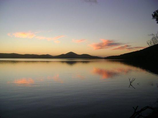 Pacific Palms Resort: Sunset at Wallis Lake 2
