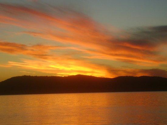 Pacific Palms Resort: Sunset at Wallace Lake3