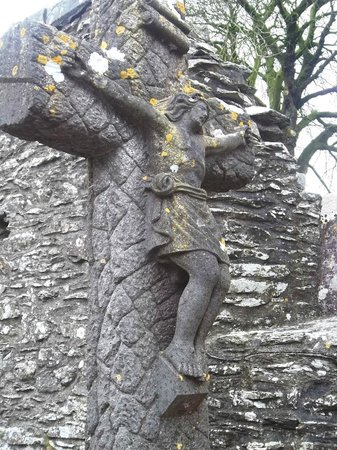 Monasterboice Monastic Site: Cross of Christ