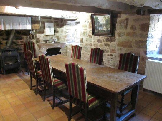 Domaine d'Armagnac: B&B Guests' breakfast room (delicious food!)