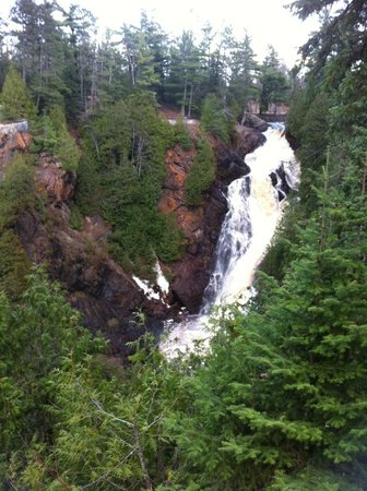 Pattison State Park: Big Manitou Falls. This is the easy walk.