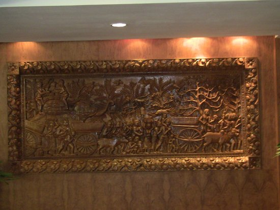Orussey Hotel:                   Beautiful wood carving in the lobby