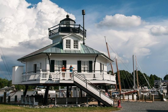 1879 Hooper Strait Lighthouse: Kids on Lighthouse with Storm Approaching