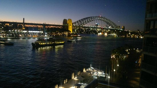 Pullman Quay Grand Sydney Harbour:                   View from the balcony at night