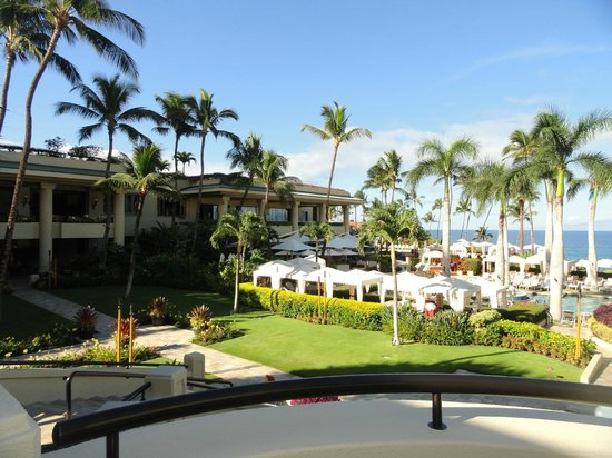 Four Seasons Resort Maui at Wailea :                   Resort restaurant and grounds