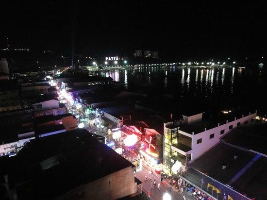 Grand Hotel Pattaya : ベランダからの眺め