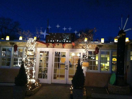 Las Palomas Inn Santa Fe:                   how pretty is this!  Las Palomas at night
