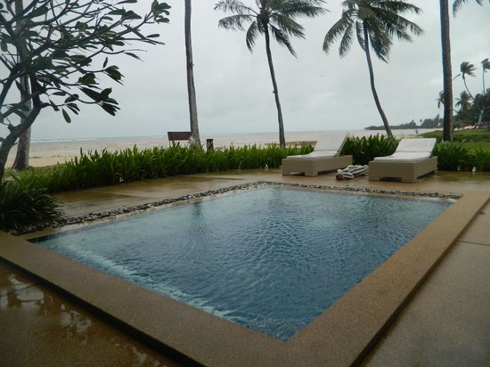 Shiva Samui:                   Ocean Room 1 + Pool