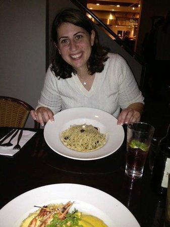 Prego Restaurant :                   Pasta w/ Olive Oil & Garlic