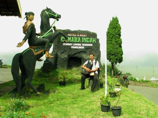 Cemara Indah Hotel: Near the lobby