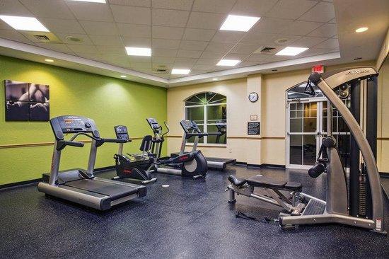 Inn at Calypso Cay: CountryInn&Suites OrlandoMaingate   FitnessRm