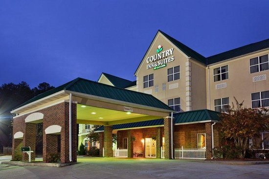 Country Inn & Suites By Carlson, Cartersville: CountryInn&Suites Cartersville  ExteriorNight