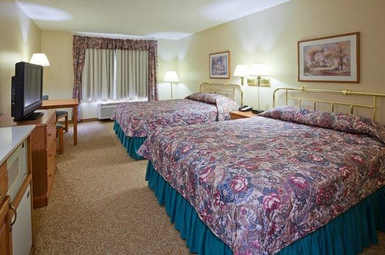 Country Inn & Suites By Carlson, Detroit Lakes: CountryInn&Suites DetroitLakes  GuestRoomDbl