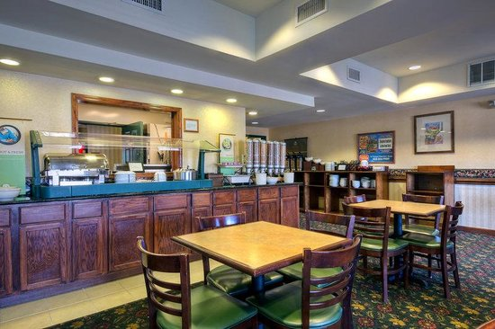 Country Inn & Suites By Carlson, Boone: CountryInn&Suites Boone  BreakfastRoom