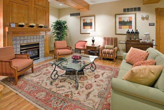 Country Inn & Suites By Carlson, Birch Run: CountryInn&Suites BirchRun  Lobby