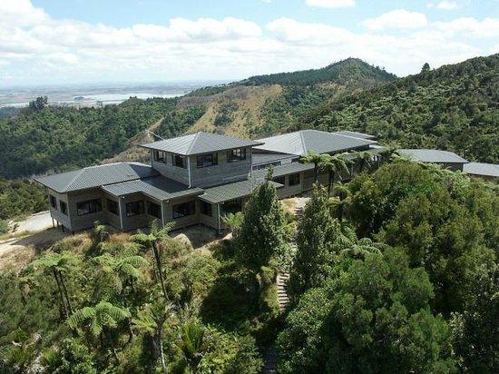 Hillside Hotel: Exterior