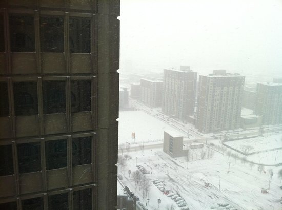 Montreal Marriott Chateau Champlain: View from room - a nice snowy day