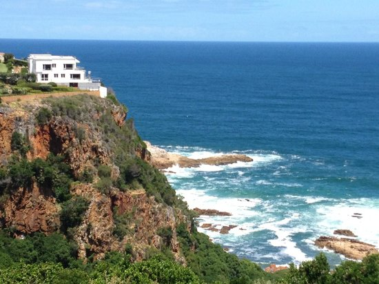 Head Over Hills:                   View of Hotel from the top of Knysna Heads