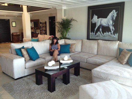 هيد أوفر هيلز لاكشري ريتريت:                   Lounge Area                 