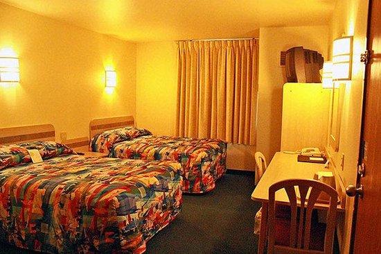 Motel 6 Lake Delton: MDouble