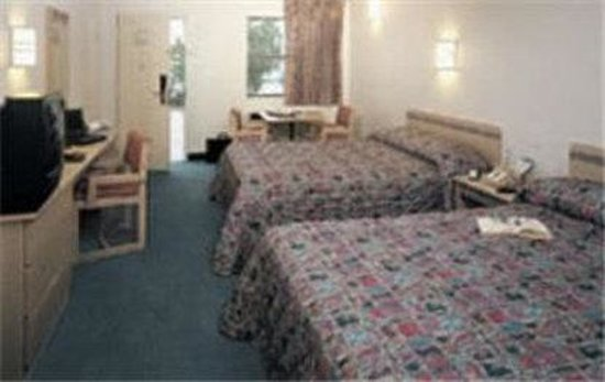 Motel 6 Hilton Head: Guest Room