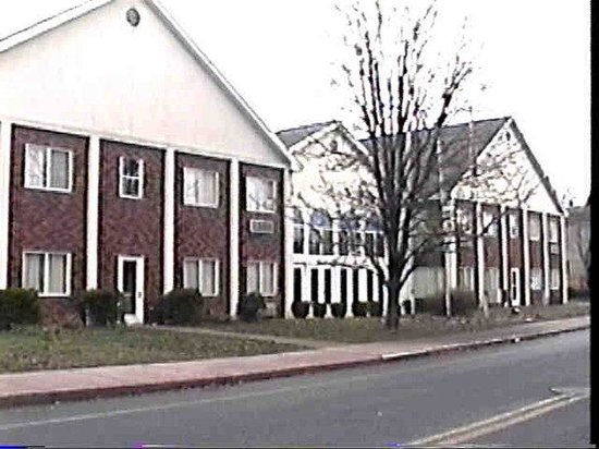 Regency Inn and Suites West Springfield: Regency Inn And Suites
