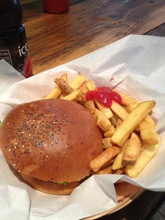 Holy Cow! Gourmet Burger Company- Cheneau De Bourg : Un bon gros Burger