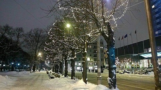 Radisson Blu Latvija Conference & Spa Hotel: Outside the hotel is also Christmas
