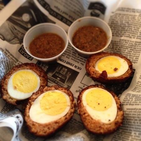 Brit and Chips: scotch eggs = delicious!!