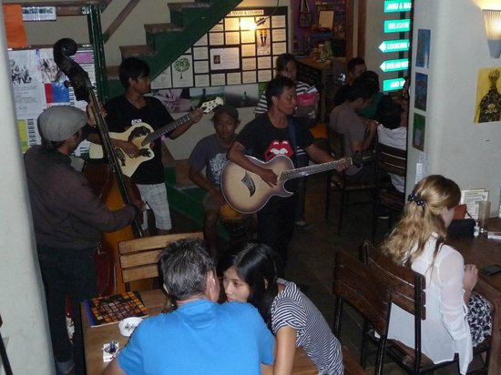 ViaVia: Music by local guys