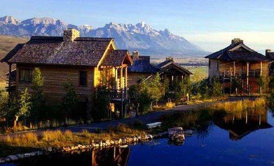 Spring Creek Ranch : Hotel Exterior