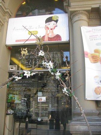 Gelarto Rosa: entrance