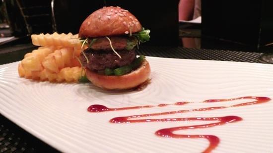 L'Atelier de Joel Robuchon:                   Le Burger..see my review 24/1/13.