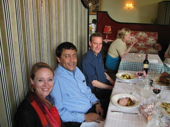 Restaurant Volkshaus: The group of us - visiting Indians with our Swiss German hosts - 2
