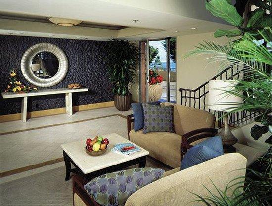 Monterey Bay Inn: Lobby