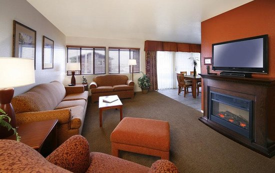 456 Embarcadero Inn & Suites: Family Suite A