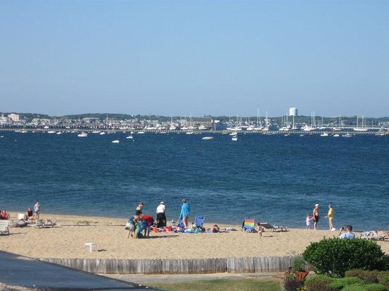 Provincetown Inn Resort & Conference Center: Beach And Harbor View
