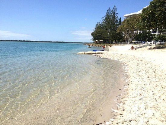 Riviere on Golden Beach:                   Beautiful beach high tide