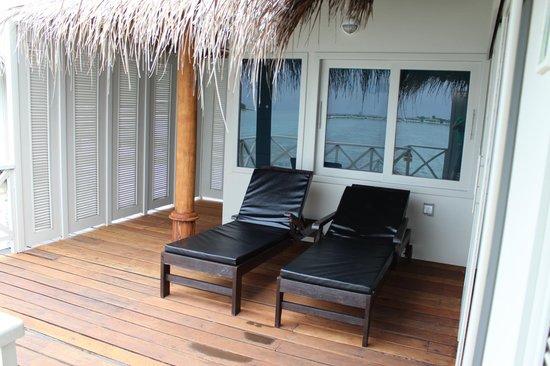 Cinnamon Dhonveli Maldives: Deck