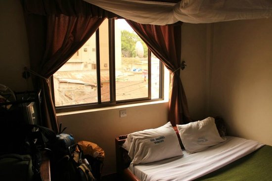 Arusha Tourist Inn: Room overview