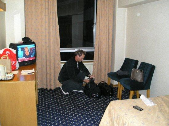 โรงแรมรอยัล เนชั่นแนล:                   Double Room