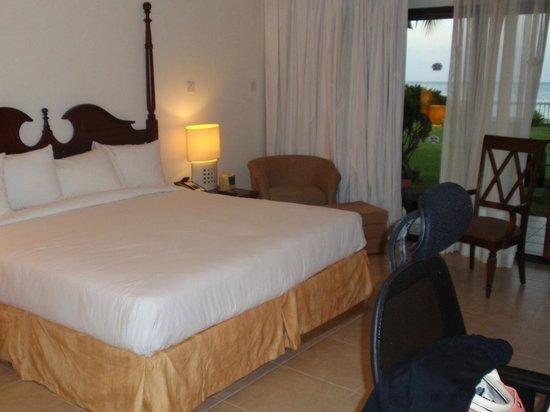 Radisson Grenada Beach Resort: Bedroom of 1 Bedroom Suite