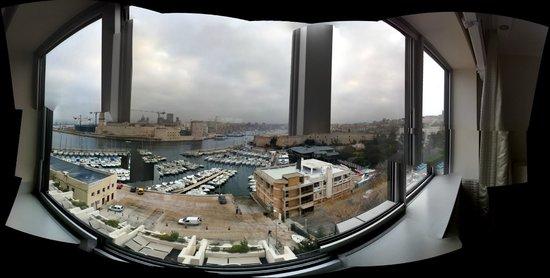 Sofitel Marseille Vieux-Port: vua panoramique de la chambre