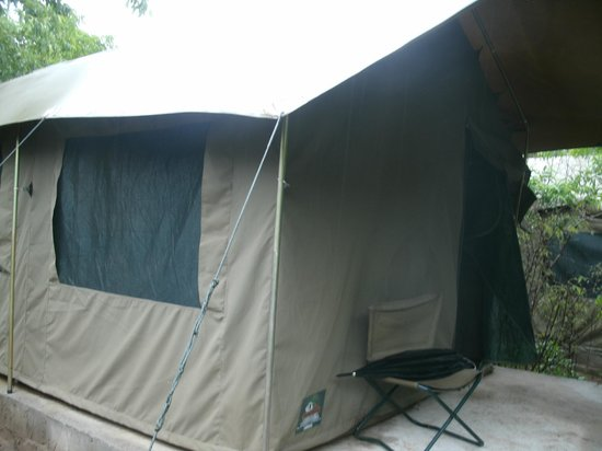 Kwalape Safari Lodge: Outside Tent