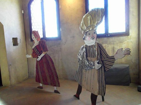 Certaldo: Personaggi dentro Palazzo Pretorio