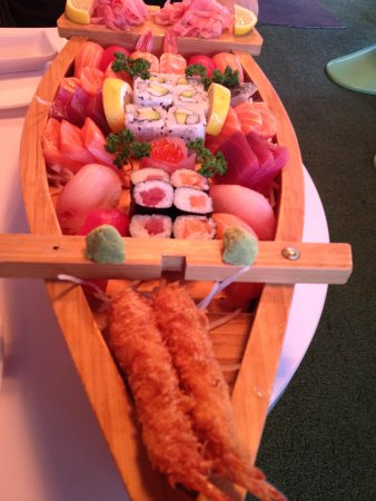 Hoki sushi : 45 euro boat