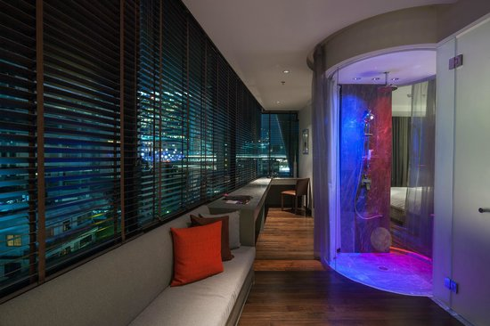 LiT BANGKOK Hotel: Lighting in Full Spectrum Suite